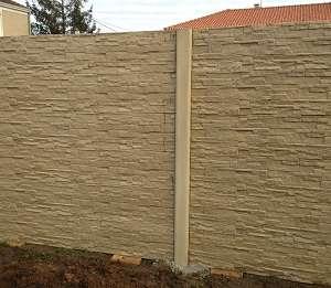 Maçon pour construire en Vendée et aménagement extérieur de la maison